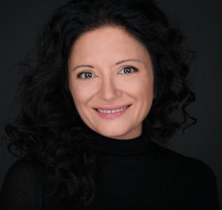 Вера Набатова