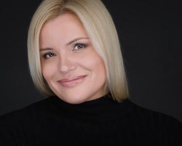 Алена Гмызина